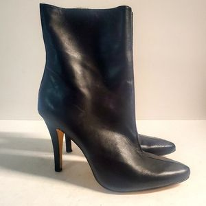 SOLD ON FB! I.N.C. Boots Size 9